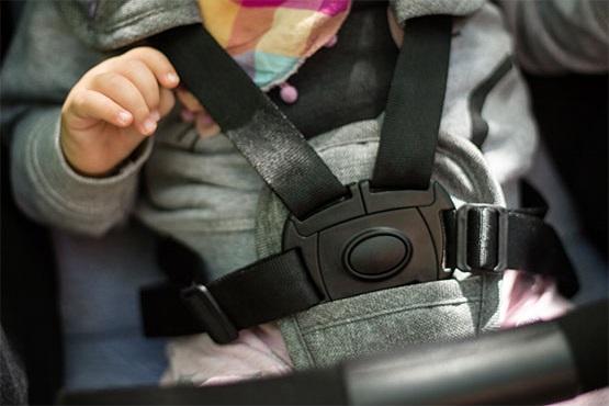 Kinderkraft kolica za bebe PILOT pojas 5 tačaka